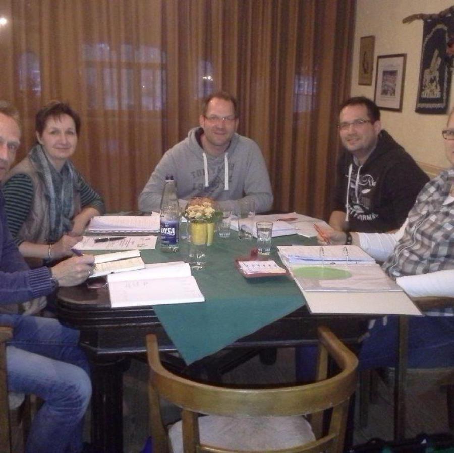 Foto eines Treffens des Orga Teams.